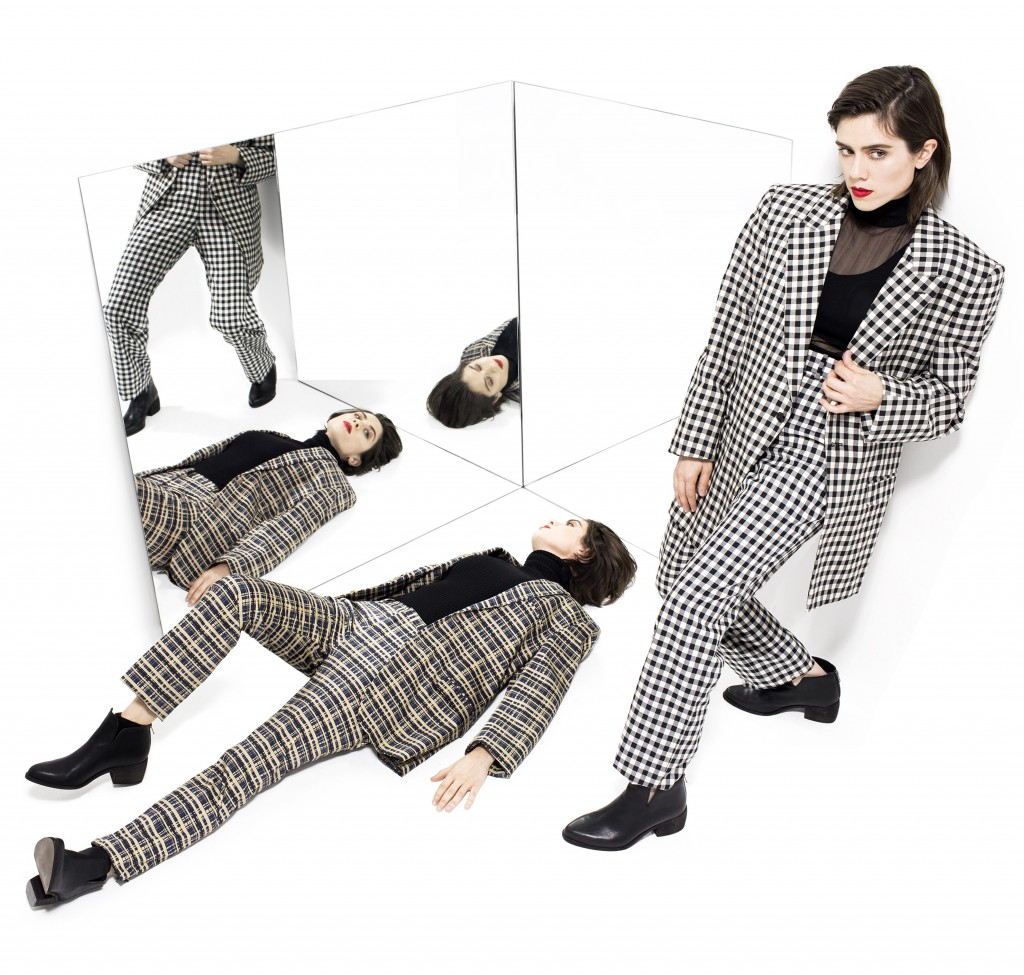 TeganAndSara-mirrors