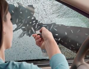 bodygard-breaking-auto-glass