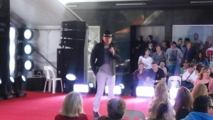 The Lord Mayor rocking a black jacket and trilby hat combo
