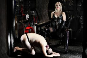 Temple 22 domme service