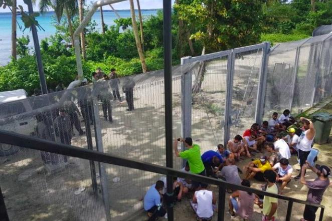 crisis Manus Island refugees